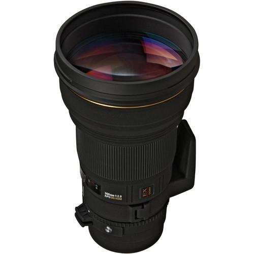 Sigma APO 300mm f28 EX DG HSM Lens 1