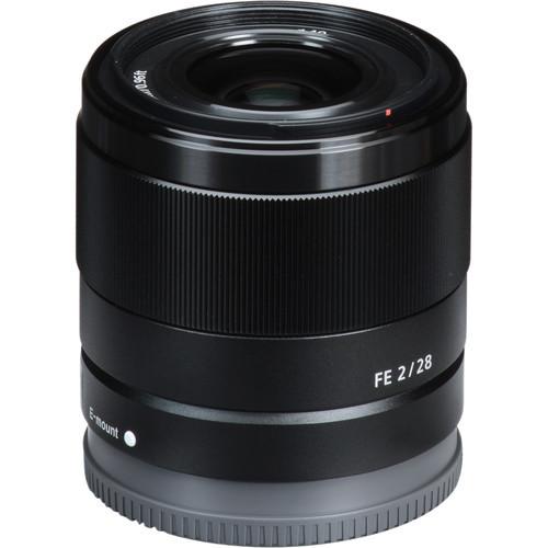 Sony FE 28mm f2 Lens 3