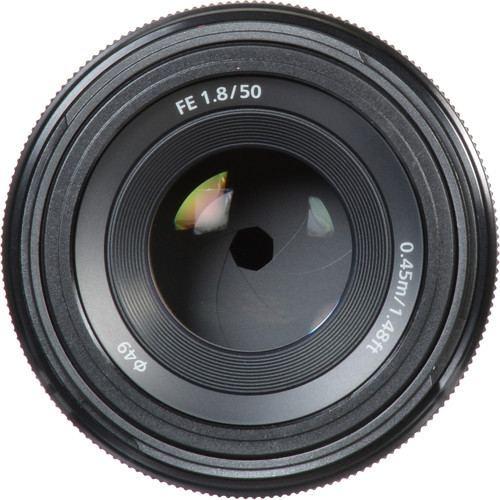 Sony FE 50mm f1.8 Lens 5