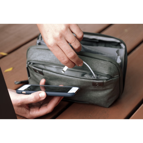 Peak Design Travel Tech 2L Pouch g 3