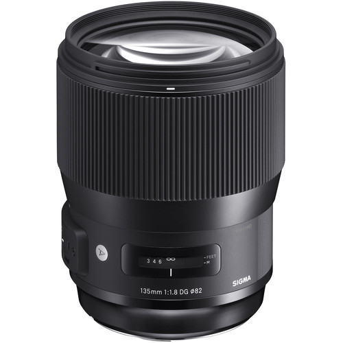 Sigma 135mm f18 DG HSM Art Lens 1