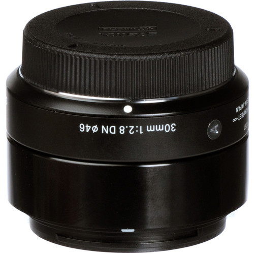 Sigma 30mm f28 DN Lens 5