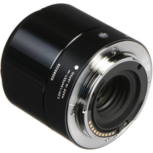 Sigma 60mm f28 DN Art Lens 4