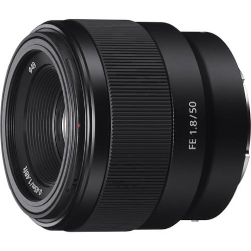 Sony FE 50mm f1.8 Lens 1